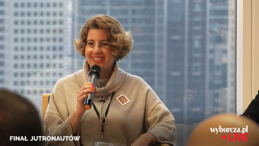 """Magdalena Stobińska podczas panelu na finałach """"Jutronautów"""""""
